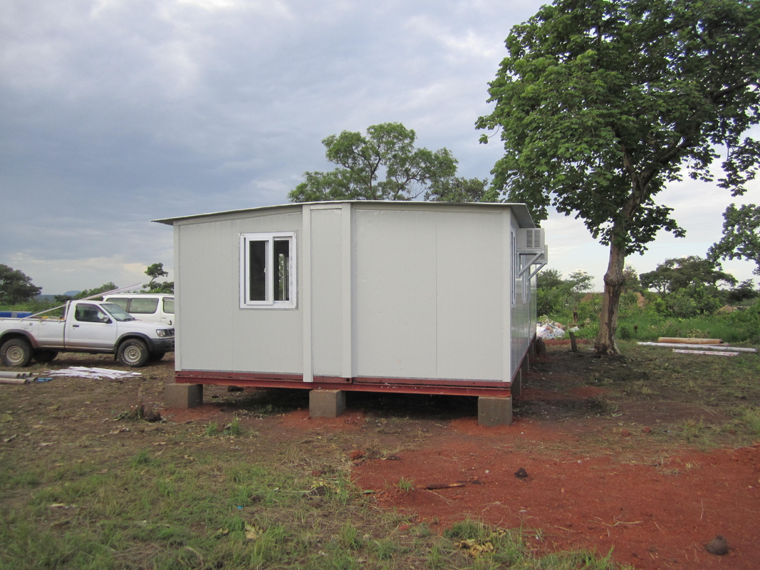 Prefabricated Emergency Shelter Temporary Relief House/ Light Gauge Steel Prefabricated Integrated Housing