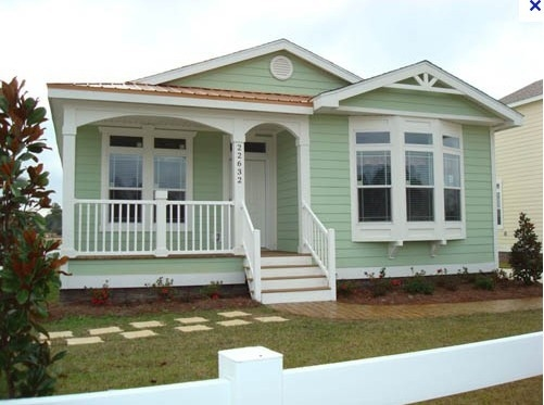 Mini 20 / 30SQM Prefabricated Bungalow Homes , Light Steel Bungalow Modular Homes