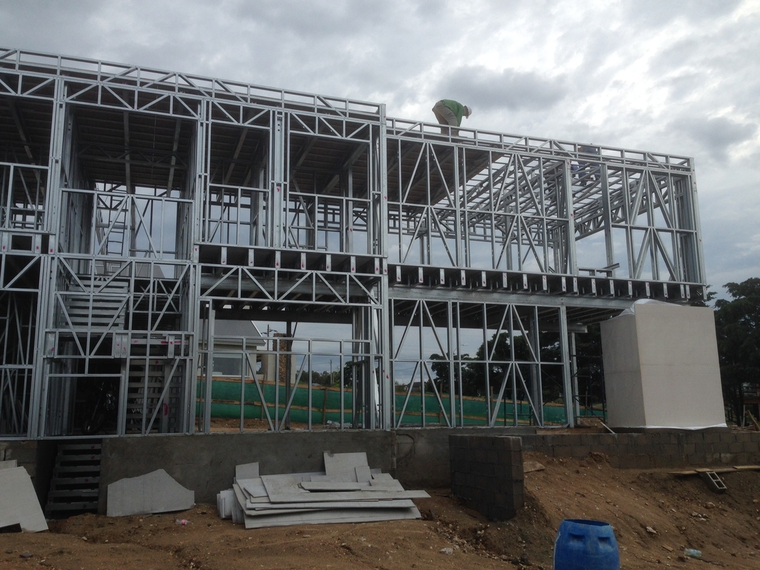 Quick Install Prefabricated House , Metal Prefabricated Housing Modules